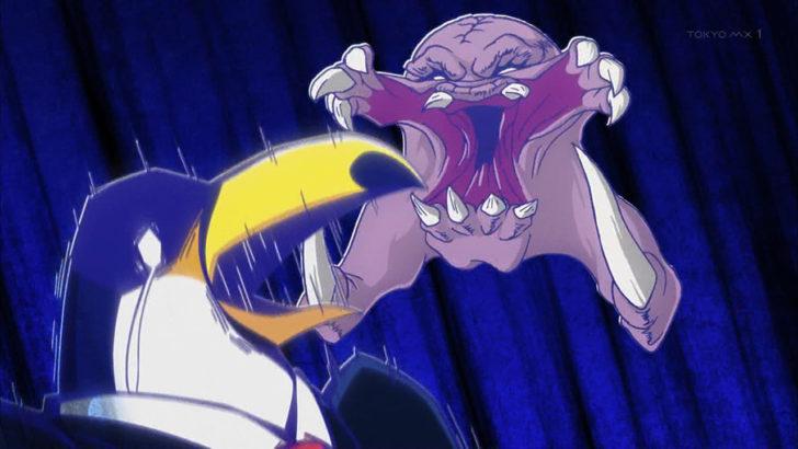 アフリカのサラリーマン オオハシに襲いかかる化け物のようなお掃除ロボ