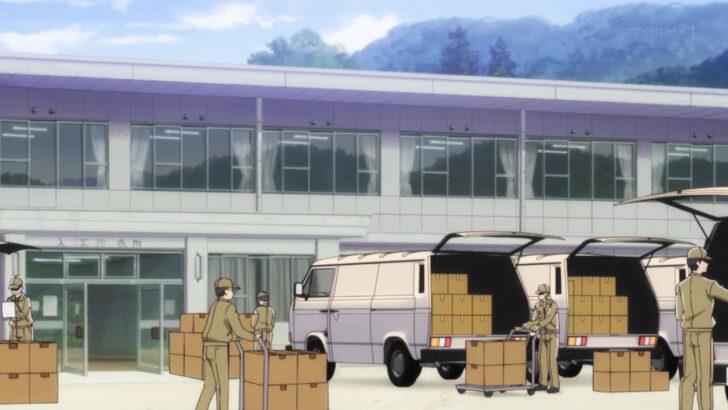 ひぐらしのなく頃に 業 入江診療所の前で改装作業をしている人たち 山狗